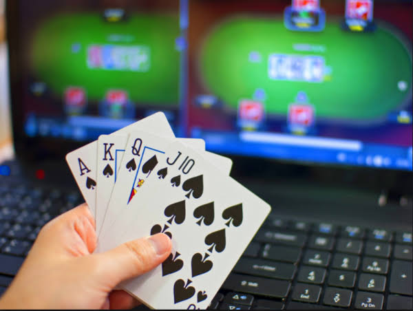Important factors to consider while playing poker online - My Blog